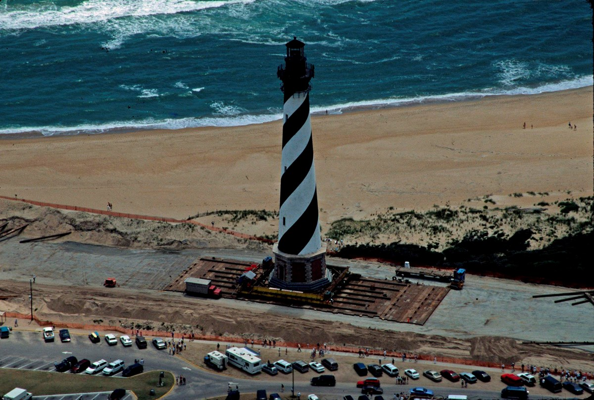 Cape Hatteras Lighthouse moving