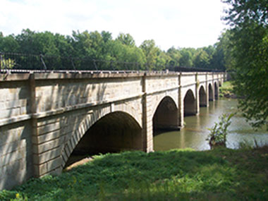 The 7 arches of the Monocacy Aqueduct, a watered bridge