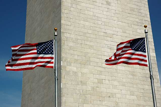 Picture of Washington Monument and Flags