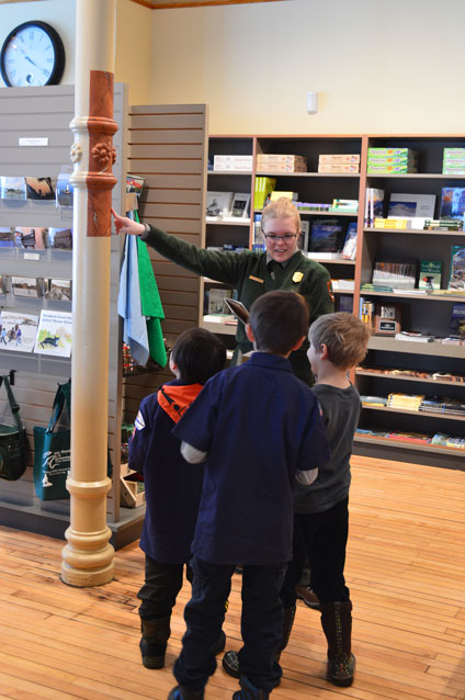 a Ranger with kids at the Calumet Visitor Center