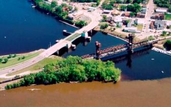 confluence of the Saint Croix River and the Mississippi River, two bridges span the St. Croix River