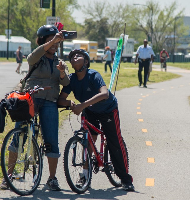 bikers on anacostia riverwalk trail
