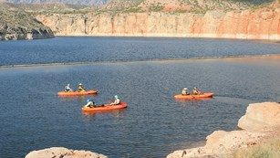 Kayaks leaving Barry's Landing on a ranger guided kayak trip to Devil Canyon