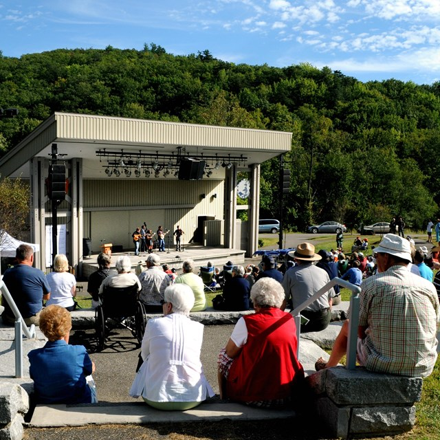 Folk concert in the outdoor amphitheater,