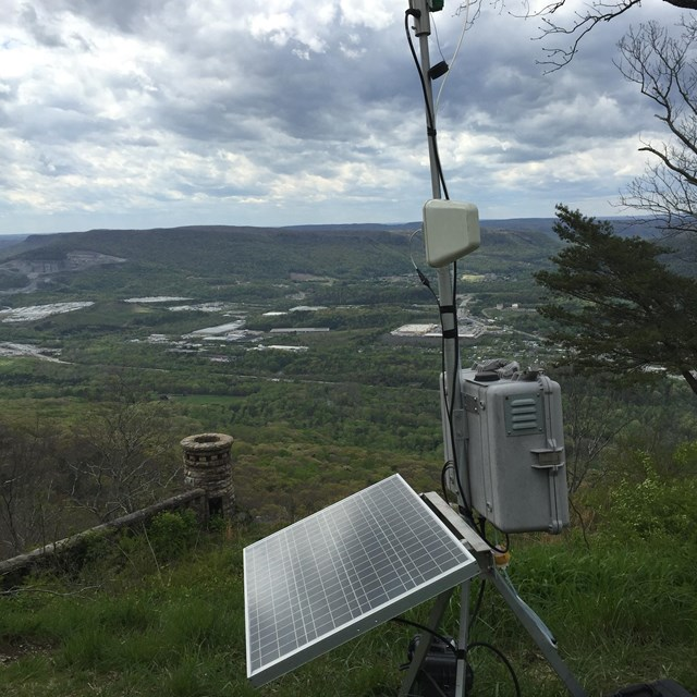 Portable ozone monitoring station on Lookout Mountain at Chickamauga and Chattanooga NMP.
