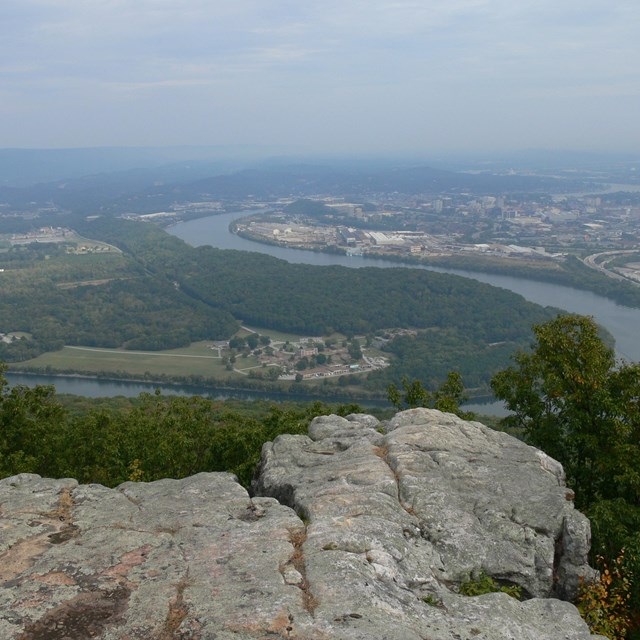 Overlook of Moccasin Bend at Chickamauga and Chattanooga National Military Park.