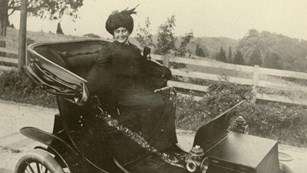 Edith Wilson in her electric car