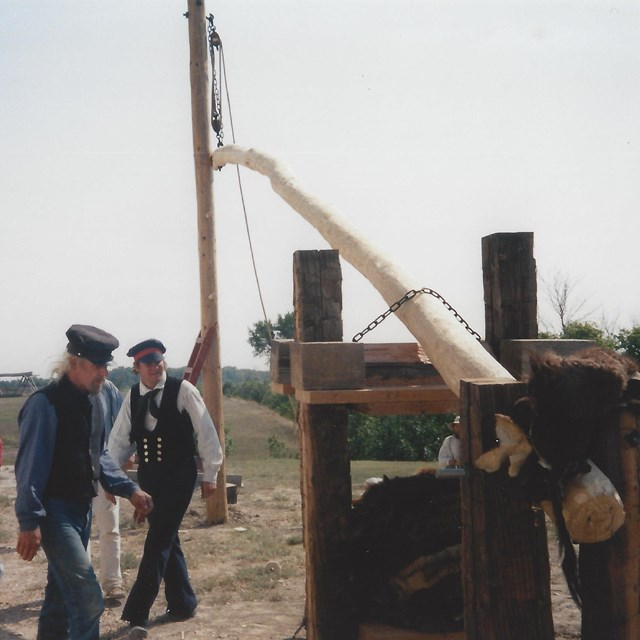 Fort Union Muzzle Loaders construct a fur press in 1998