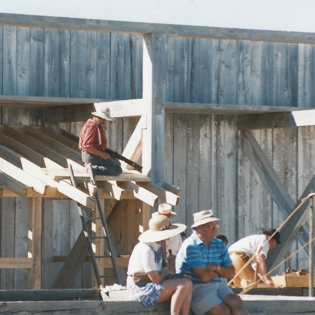 Construction of the hunter's shack at Fort Union.
