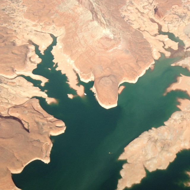 Aerial view showing Lake Powell water levels