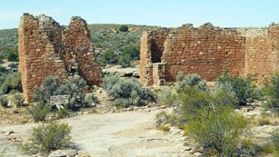 primitive trail lined with rocks near Hovenweep Castle