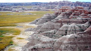An image of the colorful rock layers in Badlands National Park.