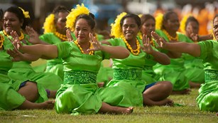 Seated Samoan dancers