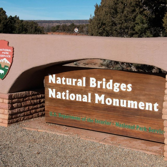 park sign for Natural Bridges National Monument