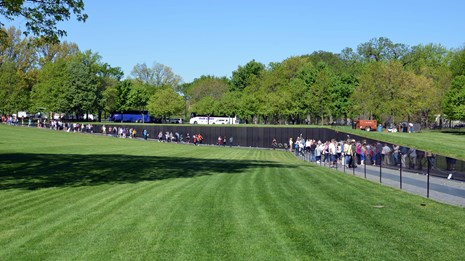 Image of the Vietnam Veterans Memorial