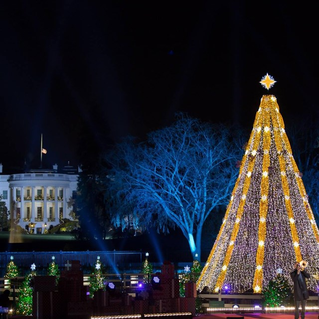 Trombone Shorty performs with National Christmas Tree and White House in background