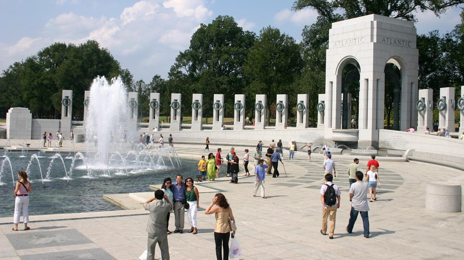 World War II Memorial (U.S. National Park Service)