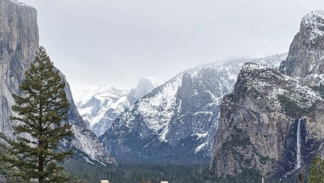 Winter view of Tunnel View when exiting the tunnel