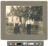 Captain Loring N. Shaw and his wife in Osceola, Nebraska mounted snapshot, approximately 1905-1909. P85-001.3p (SAFR 17776).