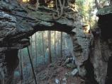 Split Bow Arch may be viewed from the overlook or may be reached by a short hiking trail.