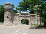 Built in 1905, the stone gate is the largest replica of the U.S. Army Corps of Engineers insignia.
