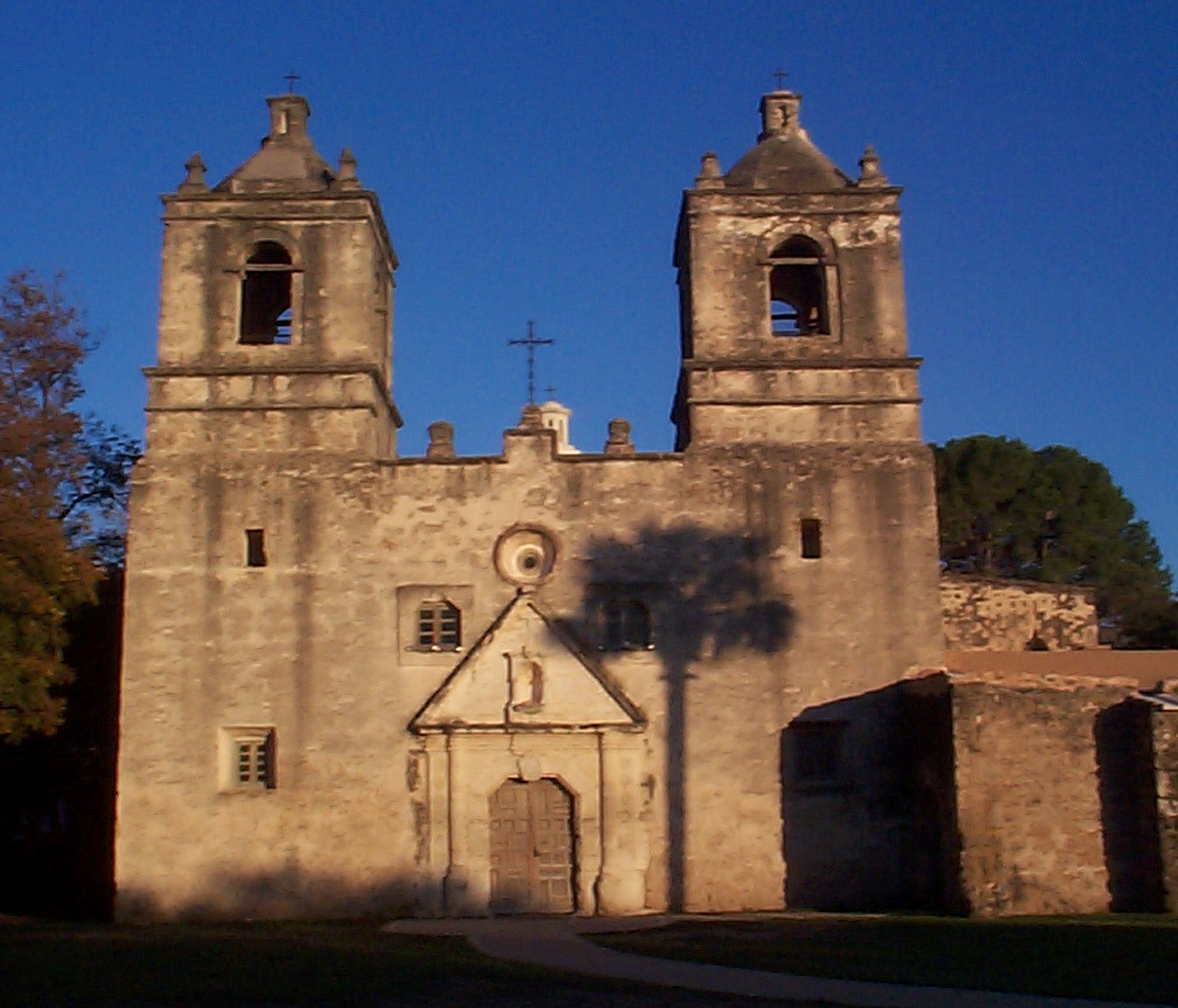 Santa Barbara Mission--American Latino Heritage: A Discover Our ...