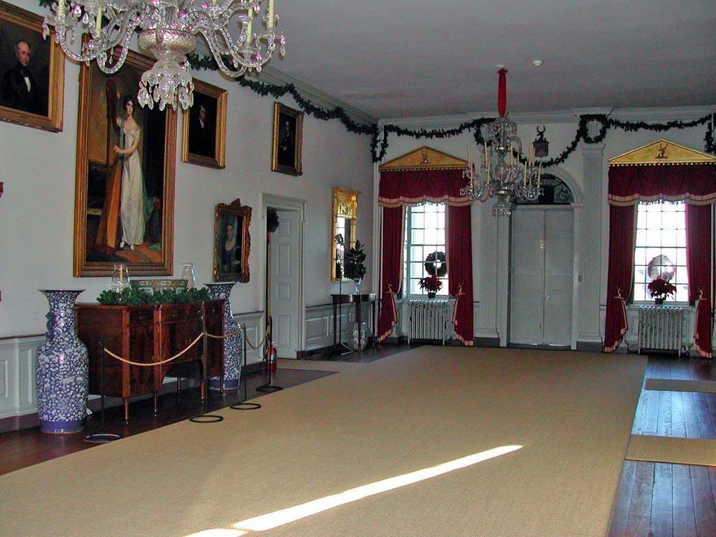 Hampton national historic site - Great Hall In Hampton Download 344 Kb