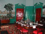 the dining room in Hampton