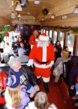 Santa took one more opportunity to say goodbye to guests aboard the