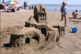2004 Sand Sculpture Contest: Adults' Group Entry #38: Castle Fantasy, by the Carolyn and Len Garriot Family