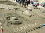 2007 Sand Sculpture Contest: Family Group Entry #07: Dune Bug/Dune Buggy, by Sheffield-Simmon's