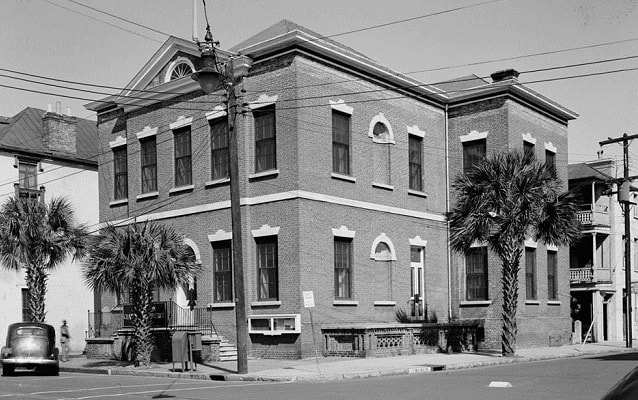 Black and white photo of the Citizens and Southern National Bank of South Carolina, circa 1930s.