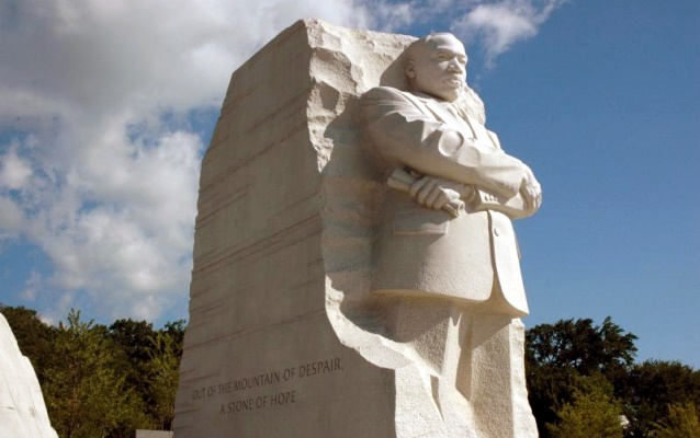 Color image of the MLK memorial