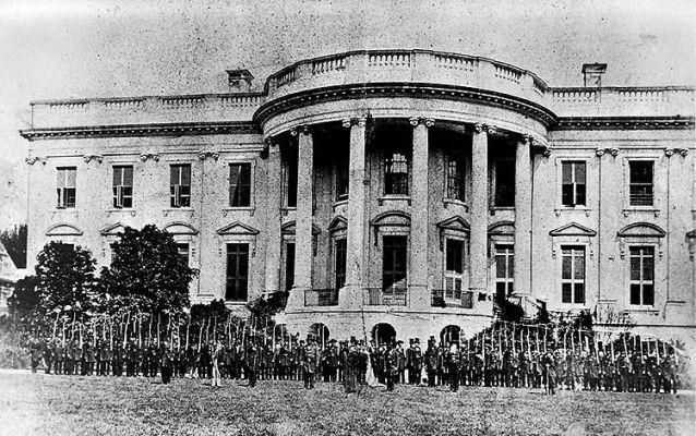 Photo of the south façade of the White House in 1861