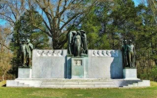 Photograph of the Confederate Monument at Shiloh