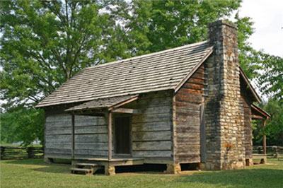 Photo of the cabin at New Echota
