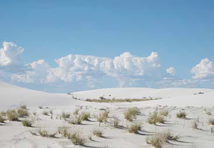 Gypsum dunes at White Sands National Monument, New Mexico, USA.