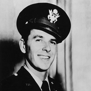 image of Ronald Reagan as a young officer