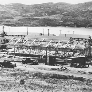 Fort Cronkite barracks being constructed