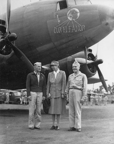 First Lady Eleanor Roosevelt with DC-3 and crew