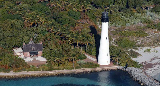 Lighthouse on the shore of Key Biscayne