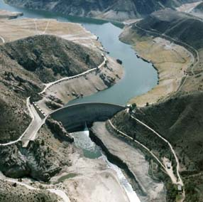 A landscape picture of Arrowrock Dam along with Boise River