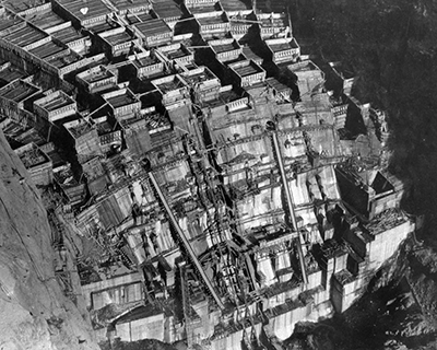 Black and white photo of Hoover Dam being built