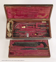 kit of medical instruments