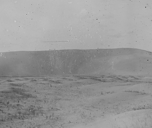 Kill Devil Hill showing nothing but sand, 1901