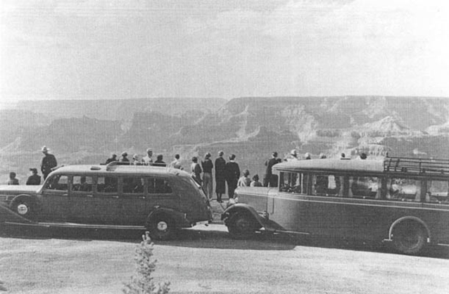 Fred Harvey Tour Busses at Hopi Point, circa 1935 (GRCA archives)