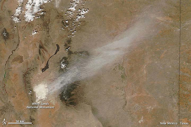 Satellite image of dust blowing from the White Sands out onto the Great Plains