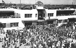 Historic photo of opening day of Newark Airport
