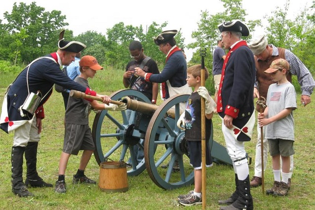 Cannon Drill Reenactment (Cowpens National Battlefield)