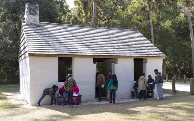 School kids at the slave cabins